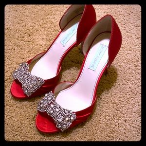 Betsey Johnson Red Satin Pumps NWT